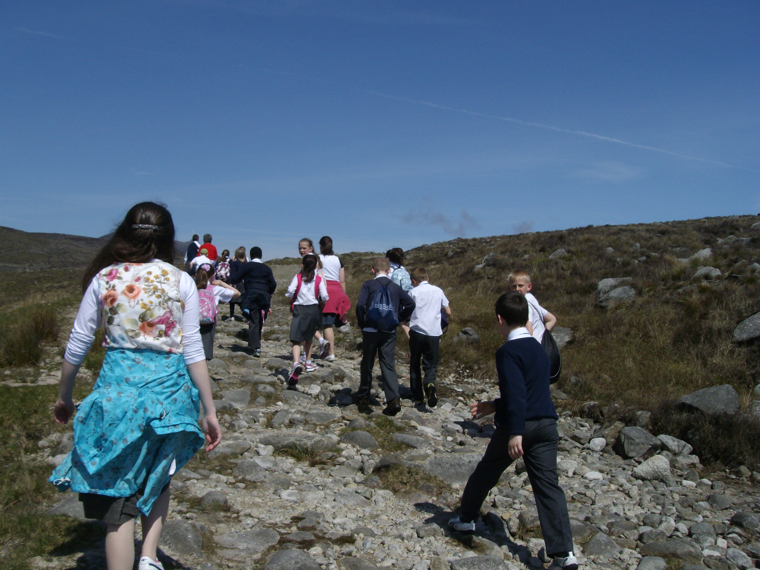 Key Stage 2 pupils head for Lough Shannagh