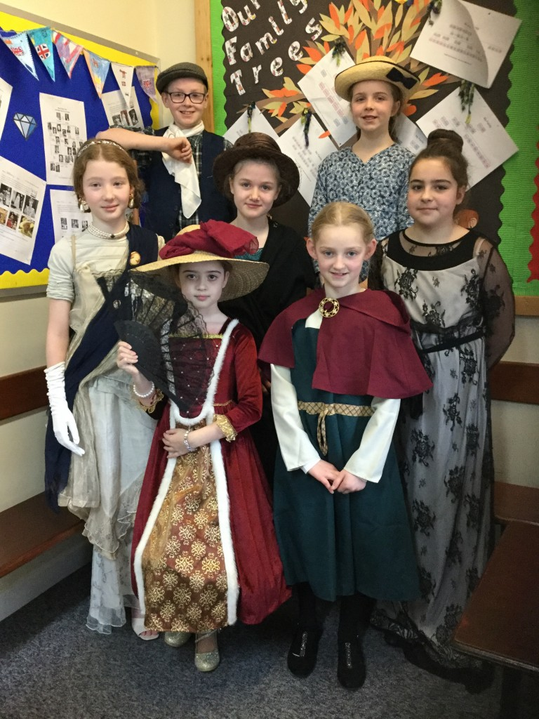 KS2 pupils dressed as Victorians!